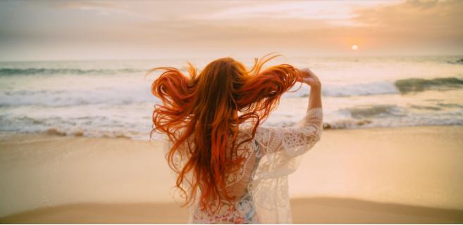 外国人女性の髪